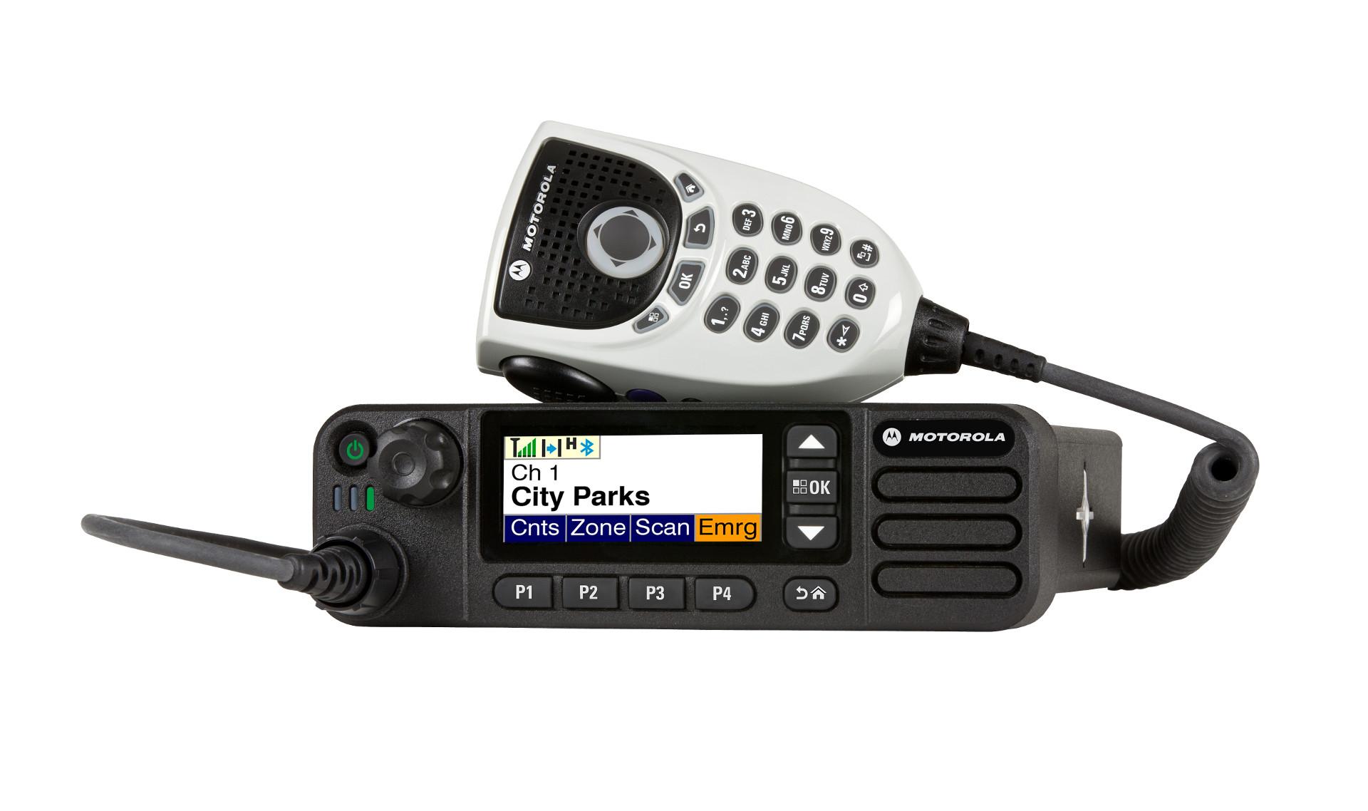 TRBO DM4000e Series Radio